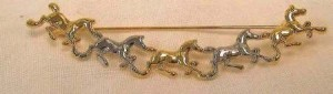 Exselle Running Gold and Platinum Plated Horses with Stock Pin